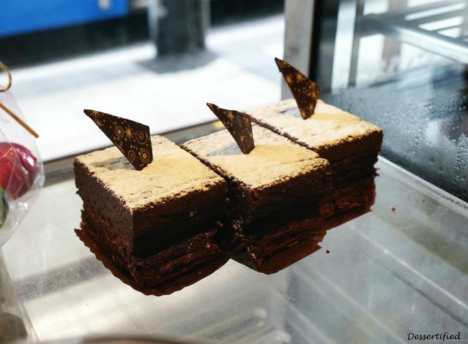 flourless cake victoire bakery