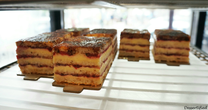 strawberry mascarpone victoire boulangerie